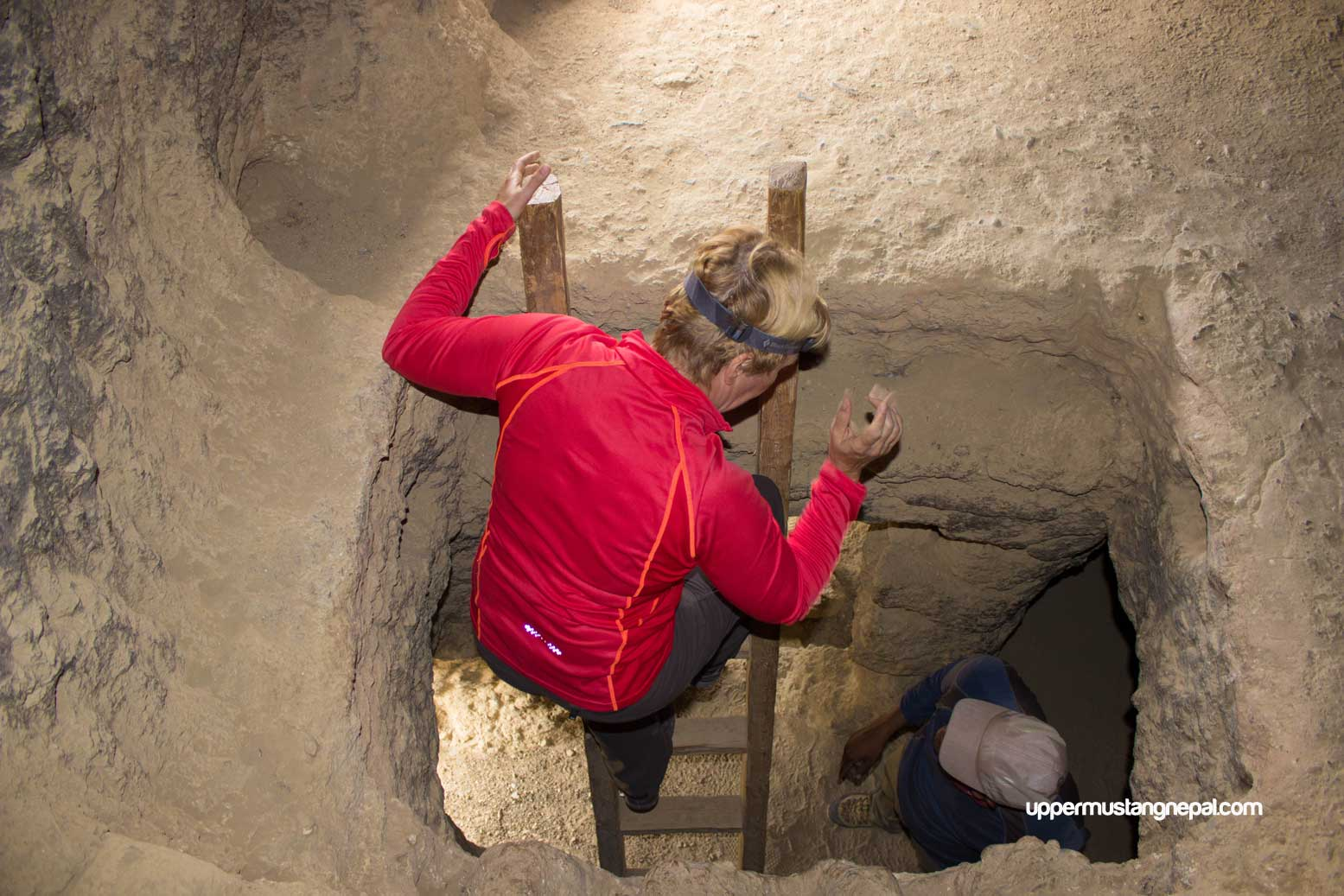 choser cave upper mustang
